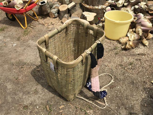 タケノコ堀りの道具
