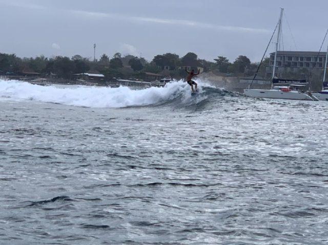 レンボンガン島のサーフィン、プレイグラウンド