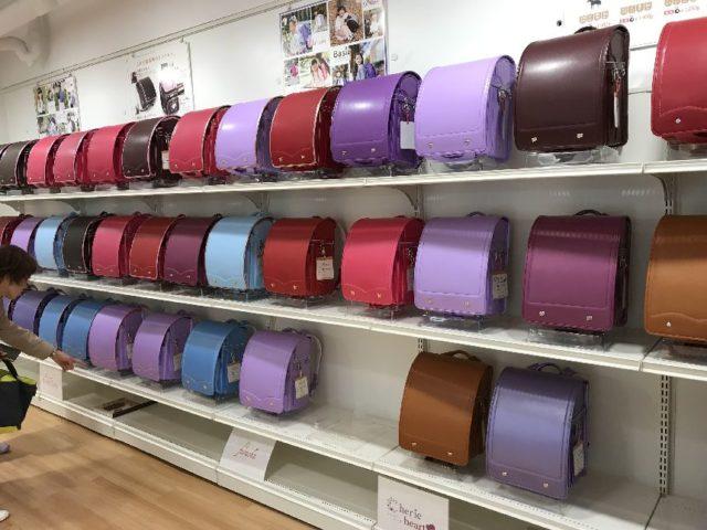 萬勇鞄のランドセル展示会