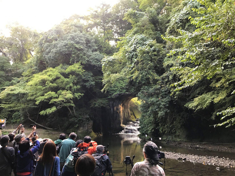 濃溝の滝と亀岩の洞窟