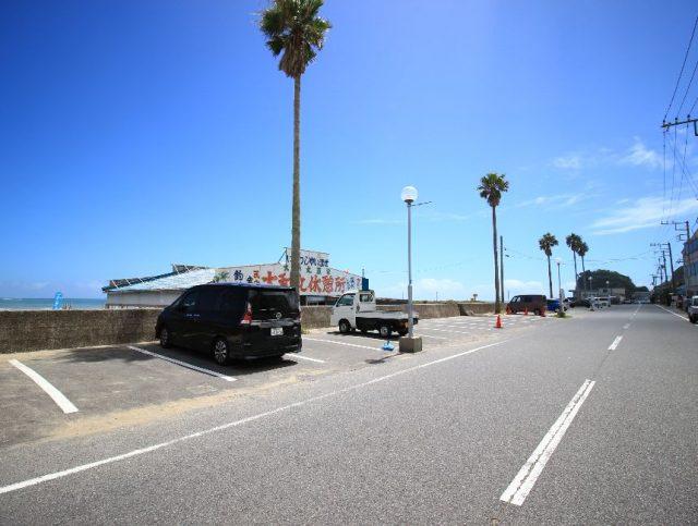 浜海水浴場の駐車場