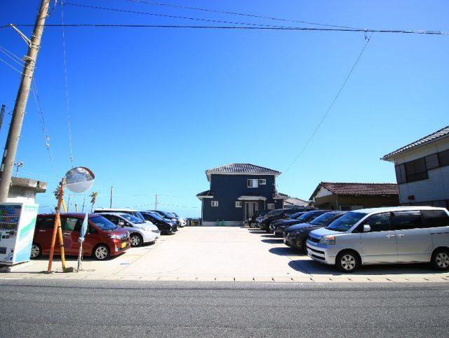 中央海水浴場の駐車場