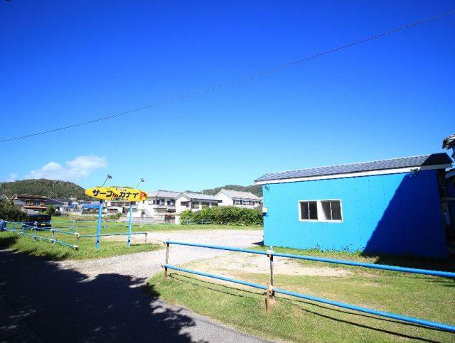 岩和田海水浴場の駐車場