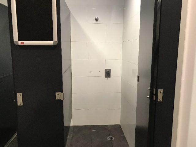 オーストラリアの個室シャワー